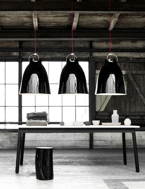 black-pendants
